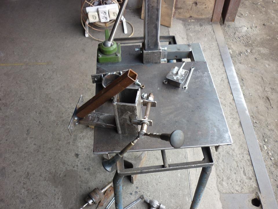 Сверлильный станок из дрели своими руками — подробная инструкция, чертежи