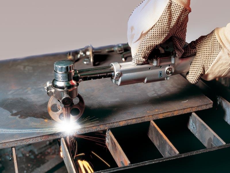 Плюсы и минусы бензинового резака по металлу