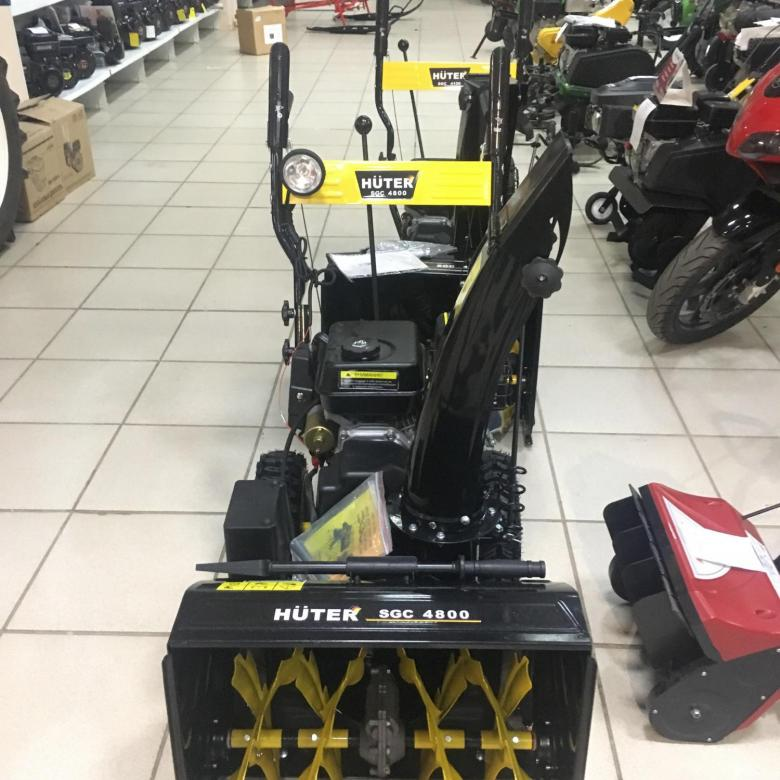 Снегоуборщик huter: характеристики снегоуборочных машин sgc 4000 и 4100, 4800 и 3000, 8100 и 4800e. особенности снегоуборщика на гусеницах 8100c, выбор электрической модели 2000e