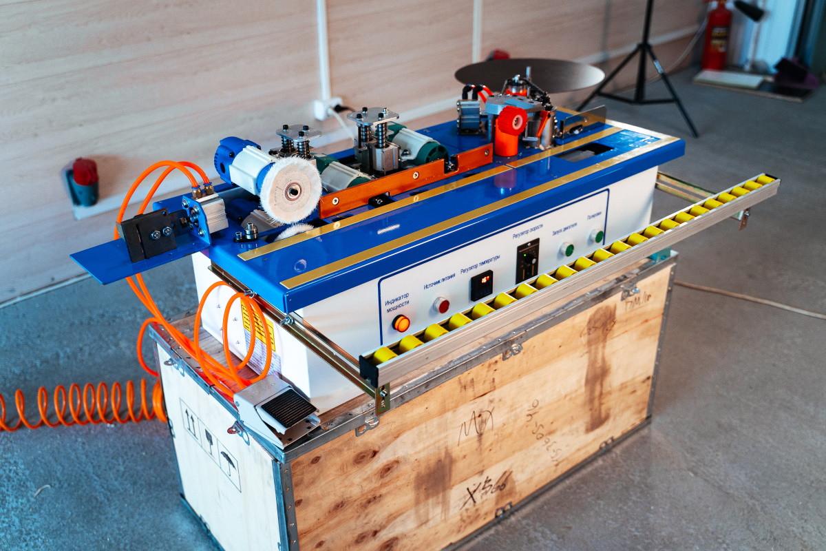 Кромкооблицовочные станки ручные и автоматические: видео, фото