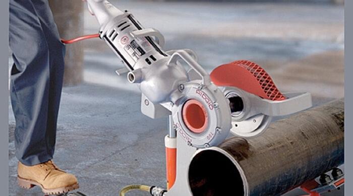 Труборезы для пластиковых труб: предназначение, устройство, принцип действия, разновидности, характеристики, изготовление, эксплуатация