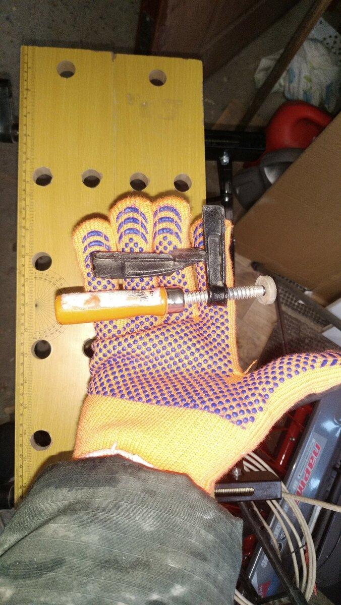 Угловая струбцина для сборки мебели: устройство и назначение. как использовать угловую струбцину?