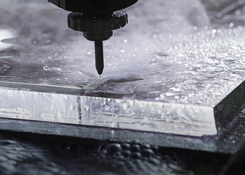 Гидроабразивная резка металла: установки, оборудование, давление - токарь