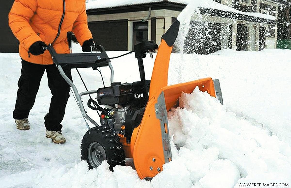 Первичное и регулярное техническое обслуживание бензинового снегоуборщика