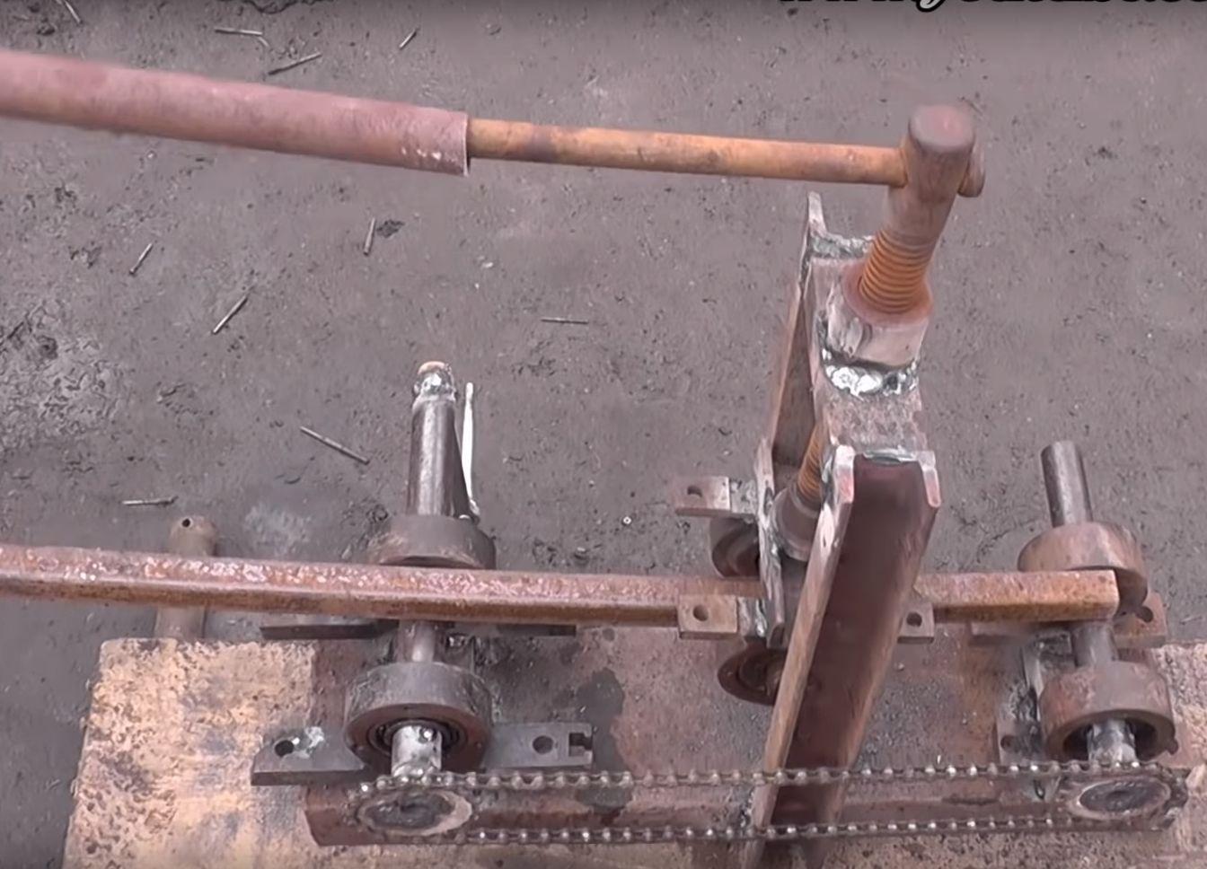 Трубогиб для профильной трубы своими руками: 2 бюджетных вида, чертежи и видео