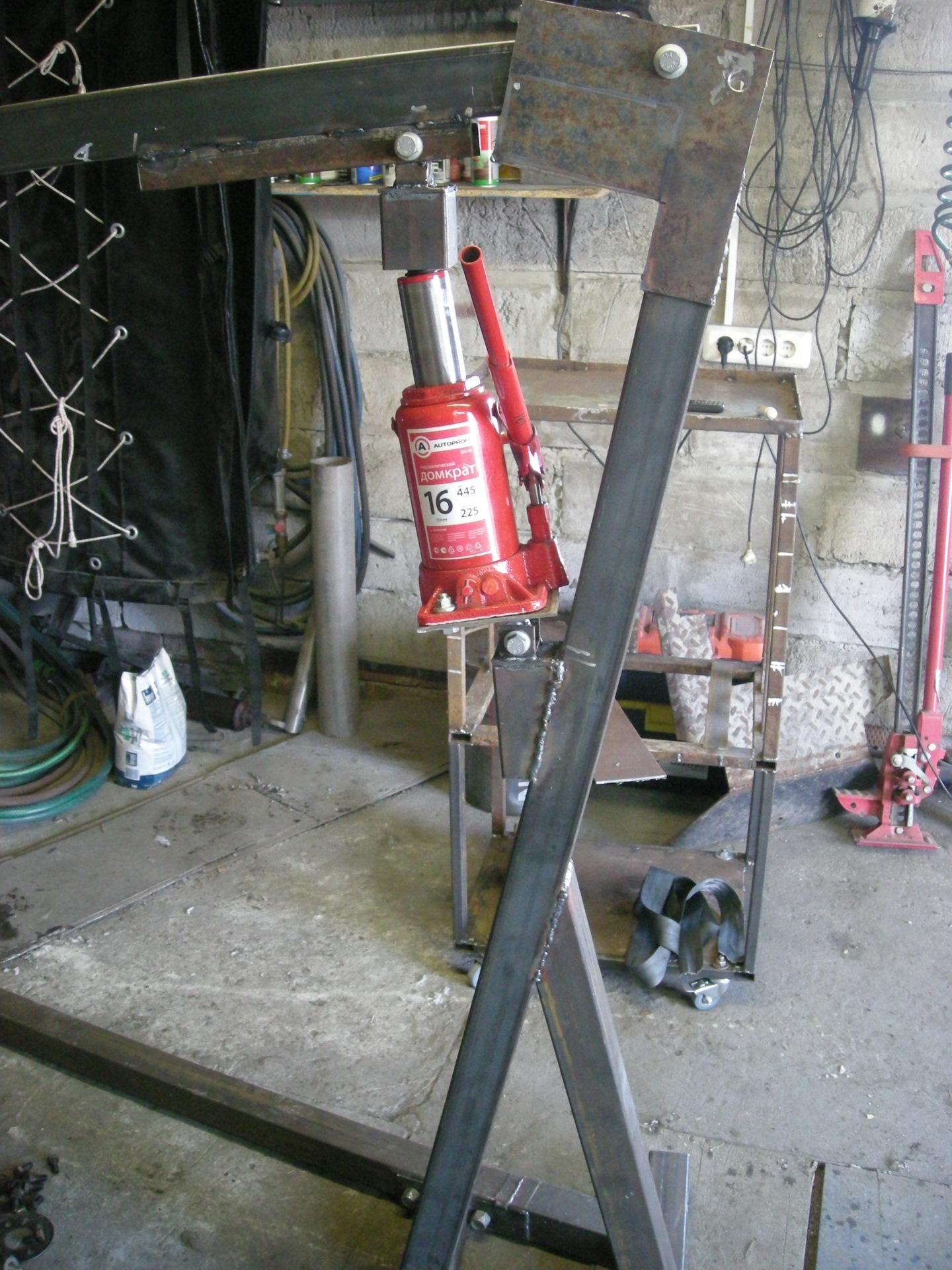 Самодельный подъемник в гараж: как сделать своими руками? какие конструкции существуют?