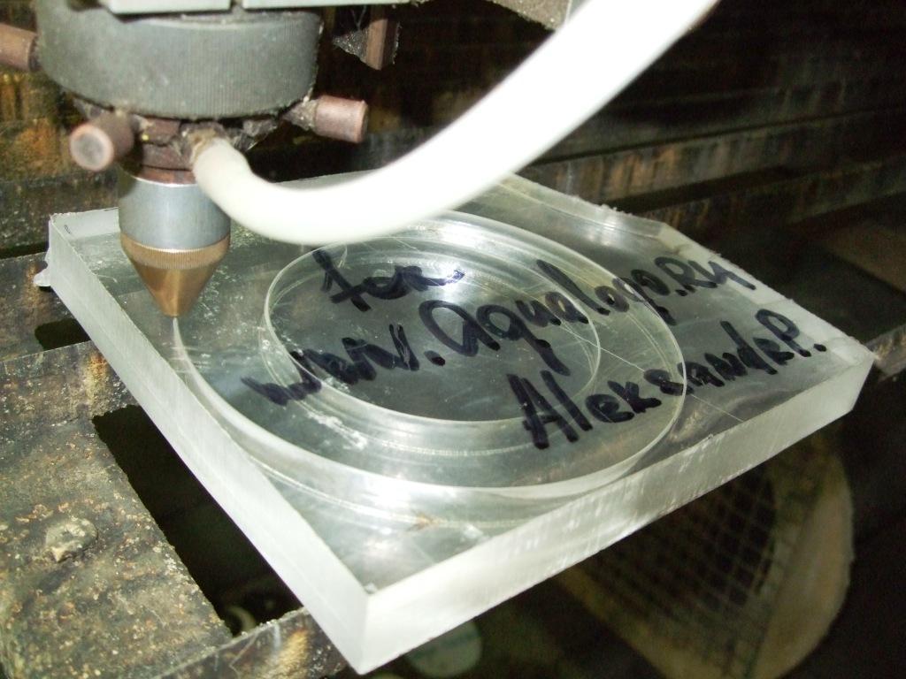 Можно ли резать стекло на морозе. как правильно разрезать стекло стеклорезом в домашних условиях своими руками, как отрезать толстый лист