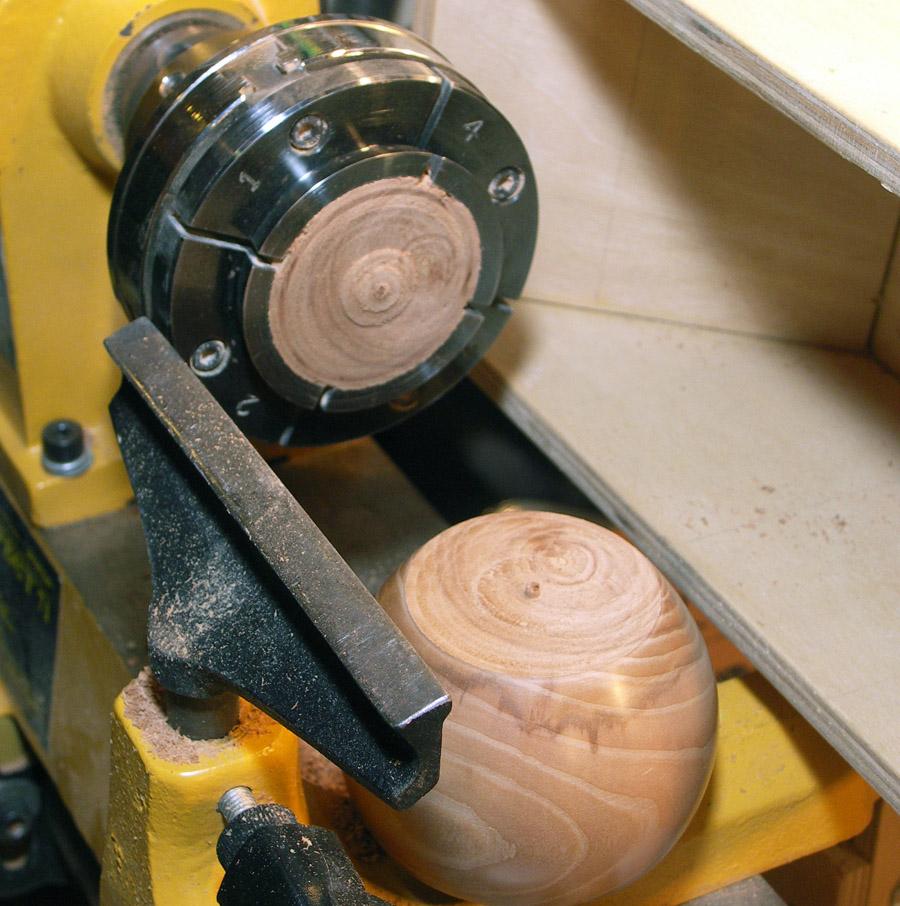 Самодельный токарный станок по дереву: процесс работ. изготовление станины, передней и задней бабки, суппорта