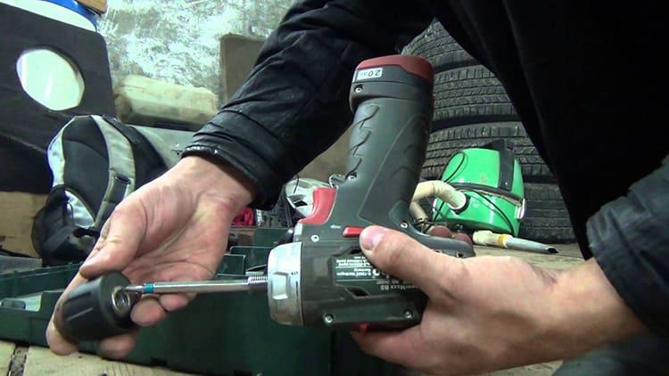 Инструкция: как снимать патрон с шуруповерта