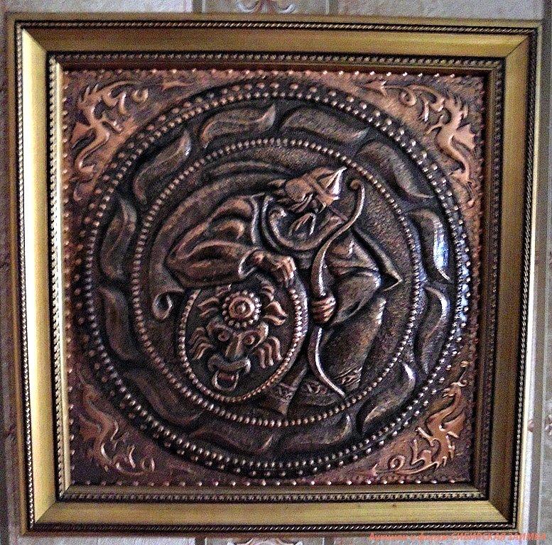 Художественная чеканка, тиснение металла и гравирование по металлу - техники декора ювелирных изделий