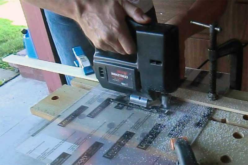 """Чем резать оргстекло в домашних условиях. как резать оргстекло в домашних условиях. видео: """"фрезерная обработка оргстекла """""""