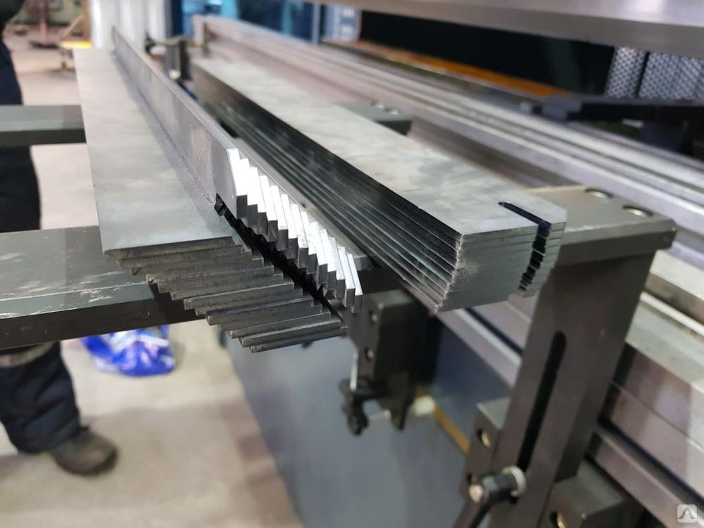 Гибка металла: станки для гибки листового металла