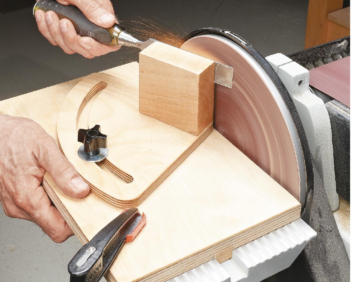 Как заточить стамеску: правильный угол и приспособления для дома