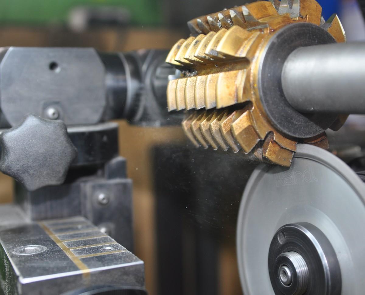 Заточка инструмента: современные технологии и оборудование