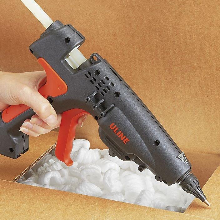 Клеевой пистолет — что можно клеить, виды расходных материалов