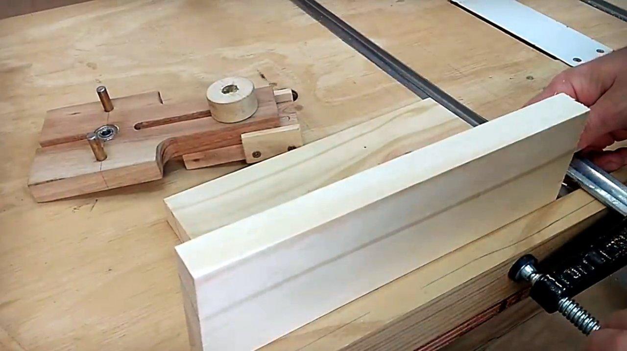 Как использовать мебельный кондуктор для сверления отверстий: разновидности и их использование +видео