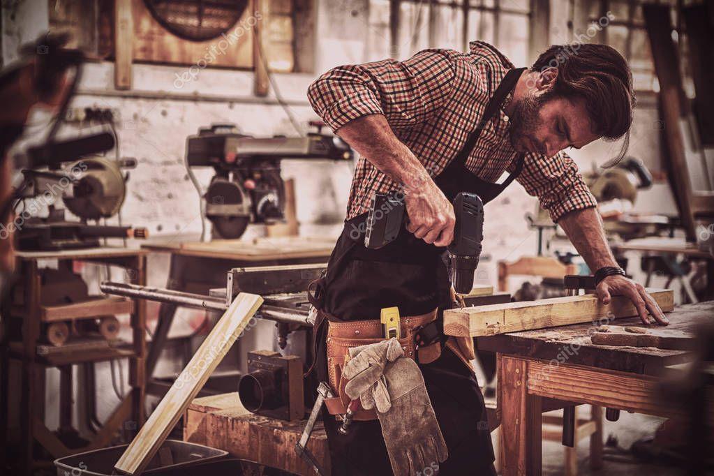 Столяр: все о профессии от навыков до зарплаты — work.ua