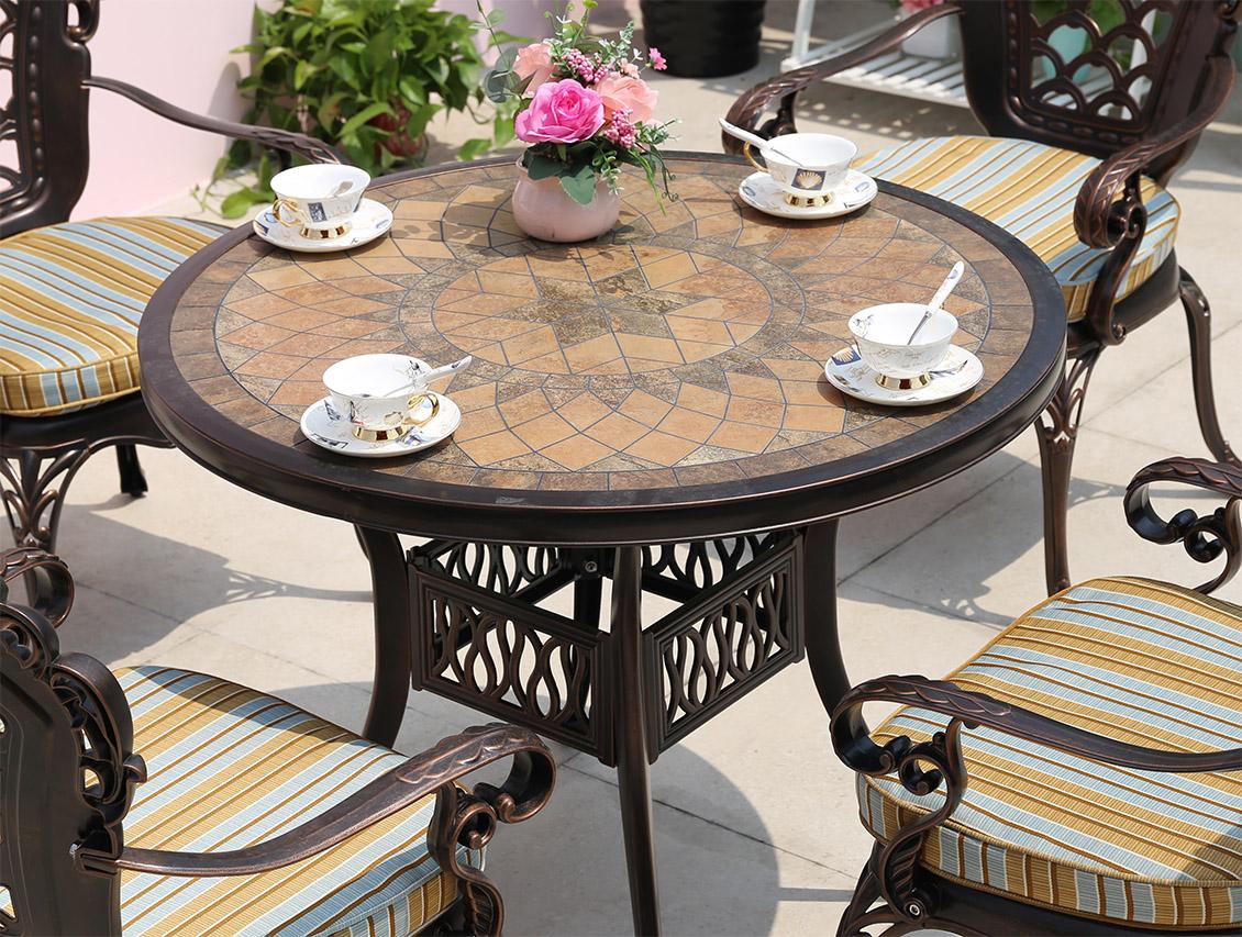 Кованые столы (50фото): уличные, на кухню, для сада, дачные