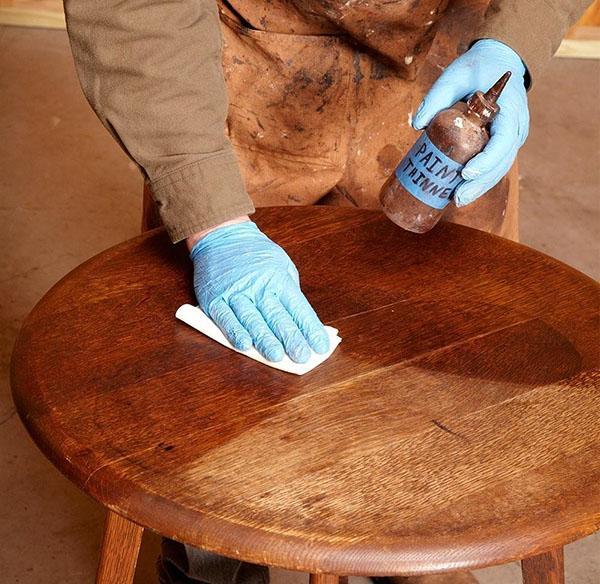 Как и чем полировать деревянную мебель - 5 рецептов