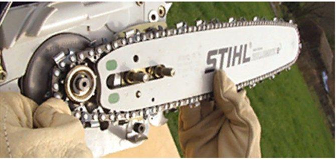 Пошаговая инструкция: как правильно натянуть цепь на бензопиле?