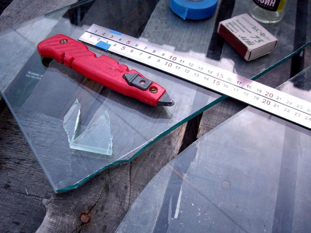 Как резать стекло стеклорезом и не только