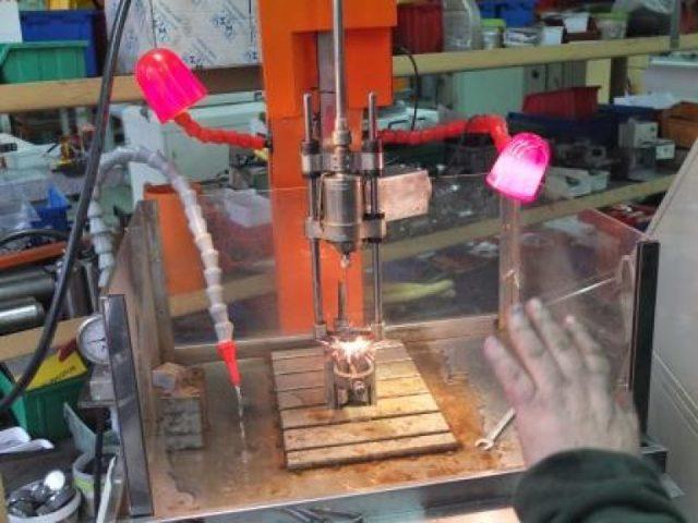 Технология электроискровой обработки металла