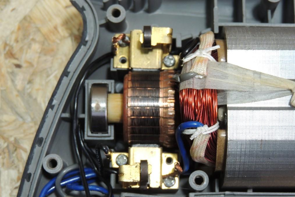 Искрят щетки электродвигателя пылесоса? решение этой проблемы вы найдете в нашей статье
