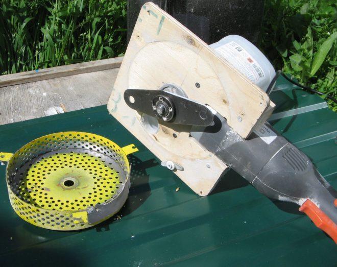 Дробилка для зерна своими руками из стиральной машины, доильный аппарат из пылесоса
