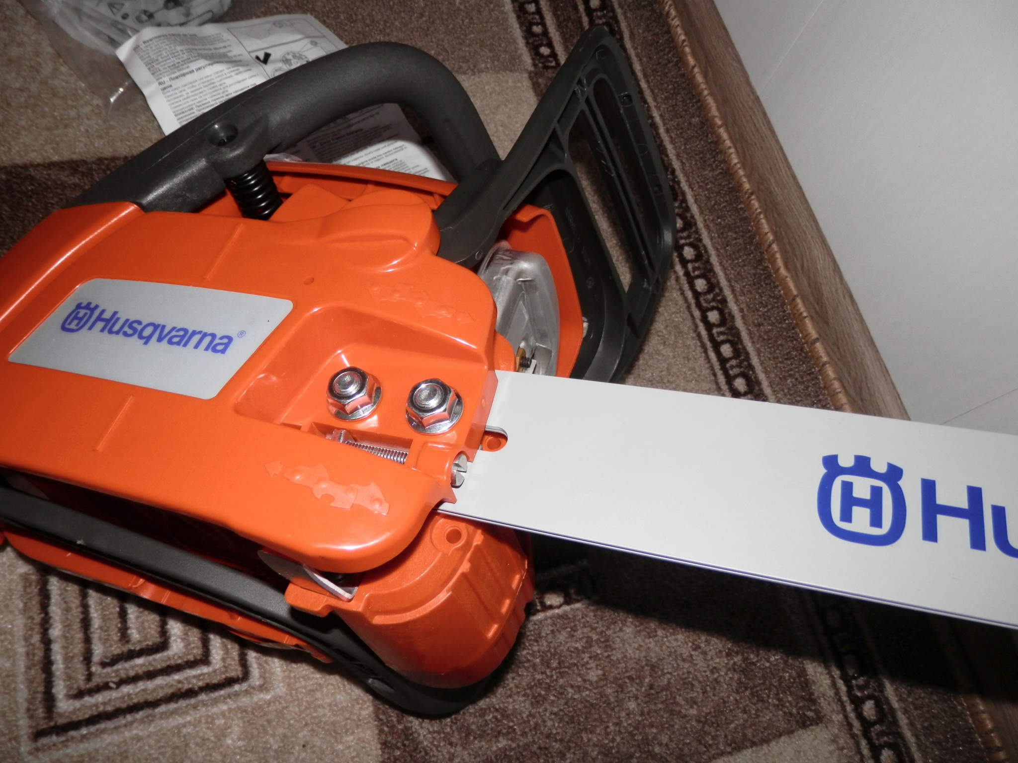 Практичный и удобный помощник - бензопила husqvarna 236