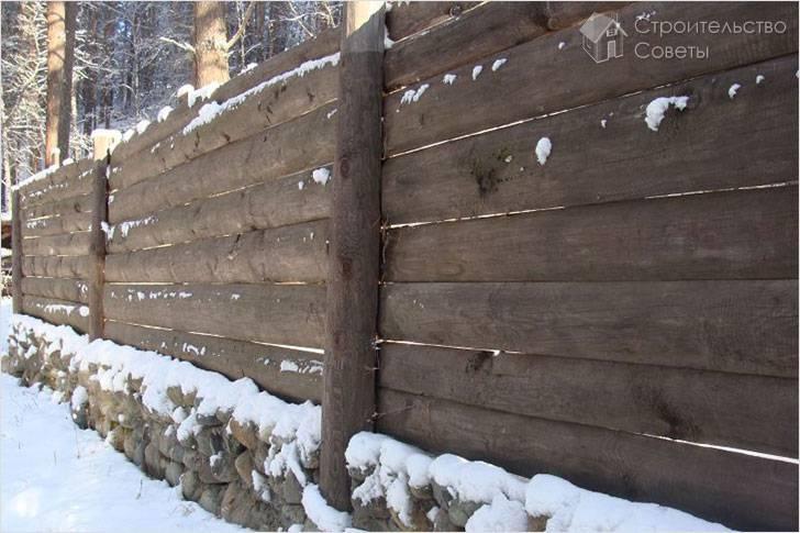 Создаем из горбыля оригинальный и недорогой забор своими руками