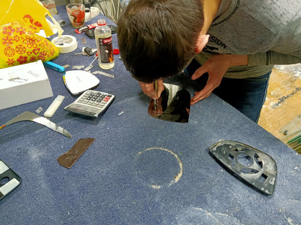 Резка каленого стекла в домашних условиях
