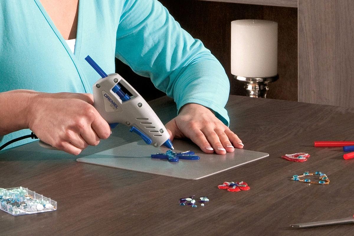 Инструкция по использованию клеевого пистолета для рукоделия