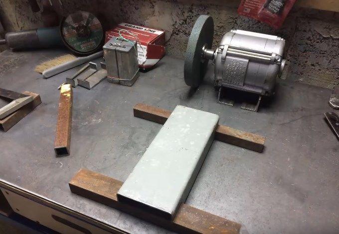 Приспособления для заточки ножей: чертежи конструкций для их изготовления своими руками