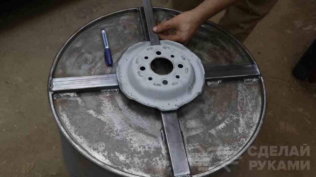 Инструкция: как сделать из бочки бетономешалку своими руками