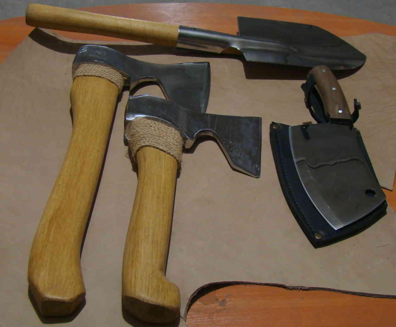 Топор из дерева: особенности выбора древесины для изготовления деревянных моделей. как сделать топорик своими руками?