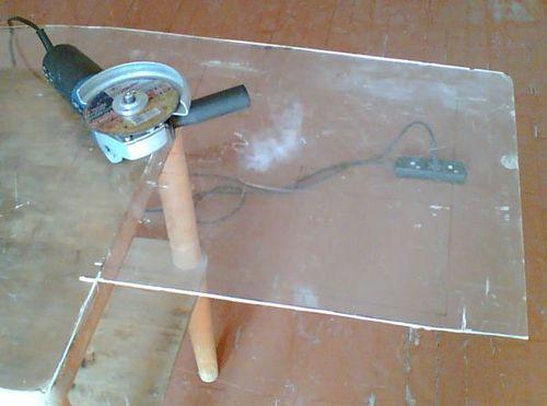 Резка оргстекла: чем резать оргстекло в домашних условиях? как отрезать оргстекло по размеру ножом и другими инструментами? как ровно пилить акриловое стекло?