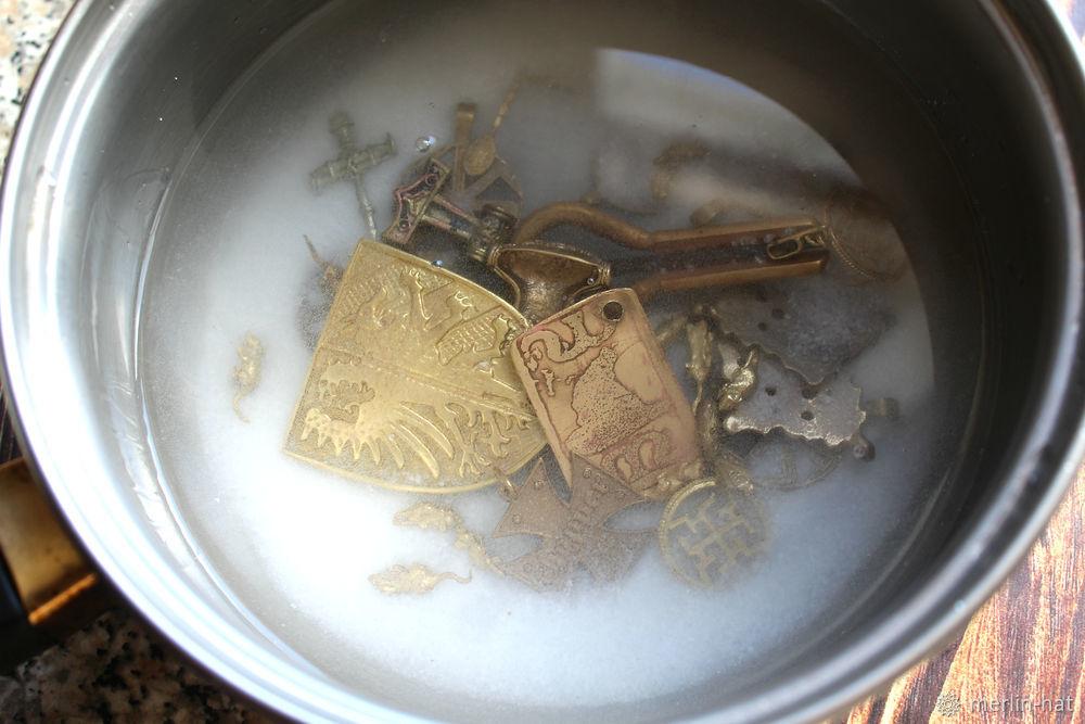 Как и чем почистить бронзу и латунь в домашних условиях, выбор средства