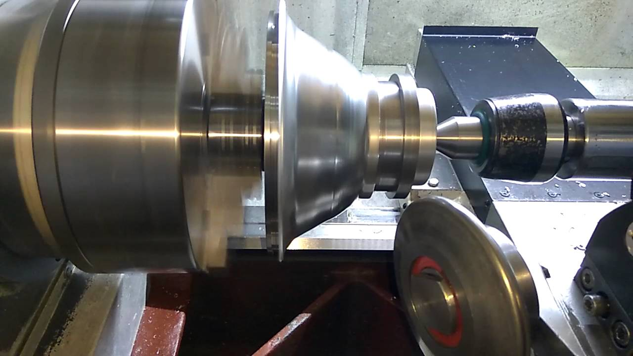 Ротационная вытяжка металла на токарном станке