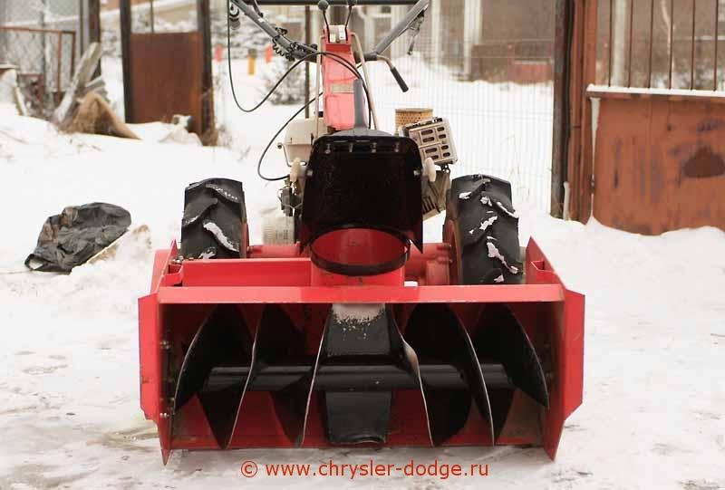 Как выбрать подходящий снегоуборщик для мотоблока: насадка и приставка к мотоблоку для уборки снега