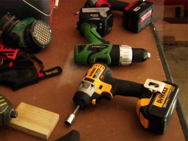 Дрель и перфоратор — что выбрать. чем отличается дрель от перфоратора. что лучше выбрать из инструментов и чем отличается дрель от перфоратора.