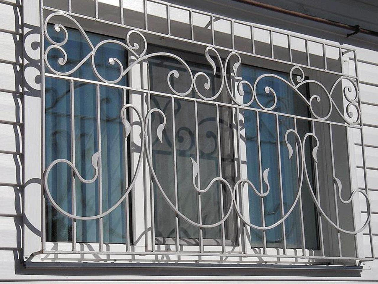Кованые решетки на окна в зеленограде
