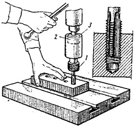 Нарезание резьбы на токарном станке – резцы, метчики, плашки, головки и гребенки