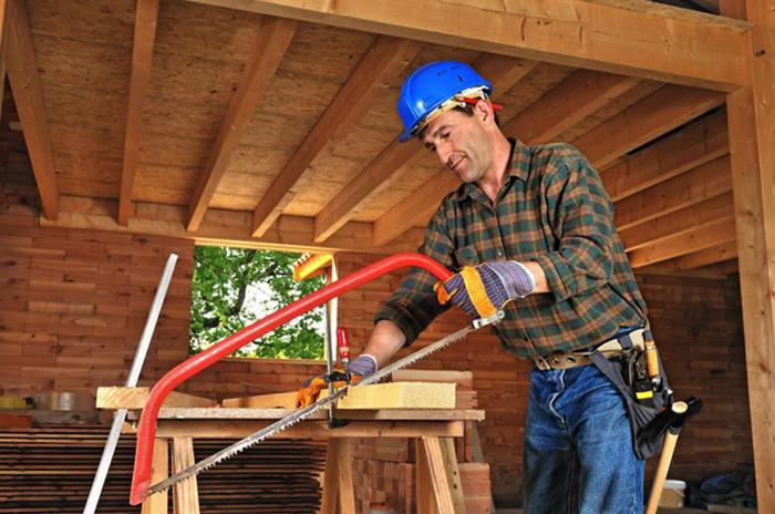 Плотник кто это такой. чем конкретно занимается. личностные качества.