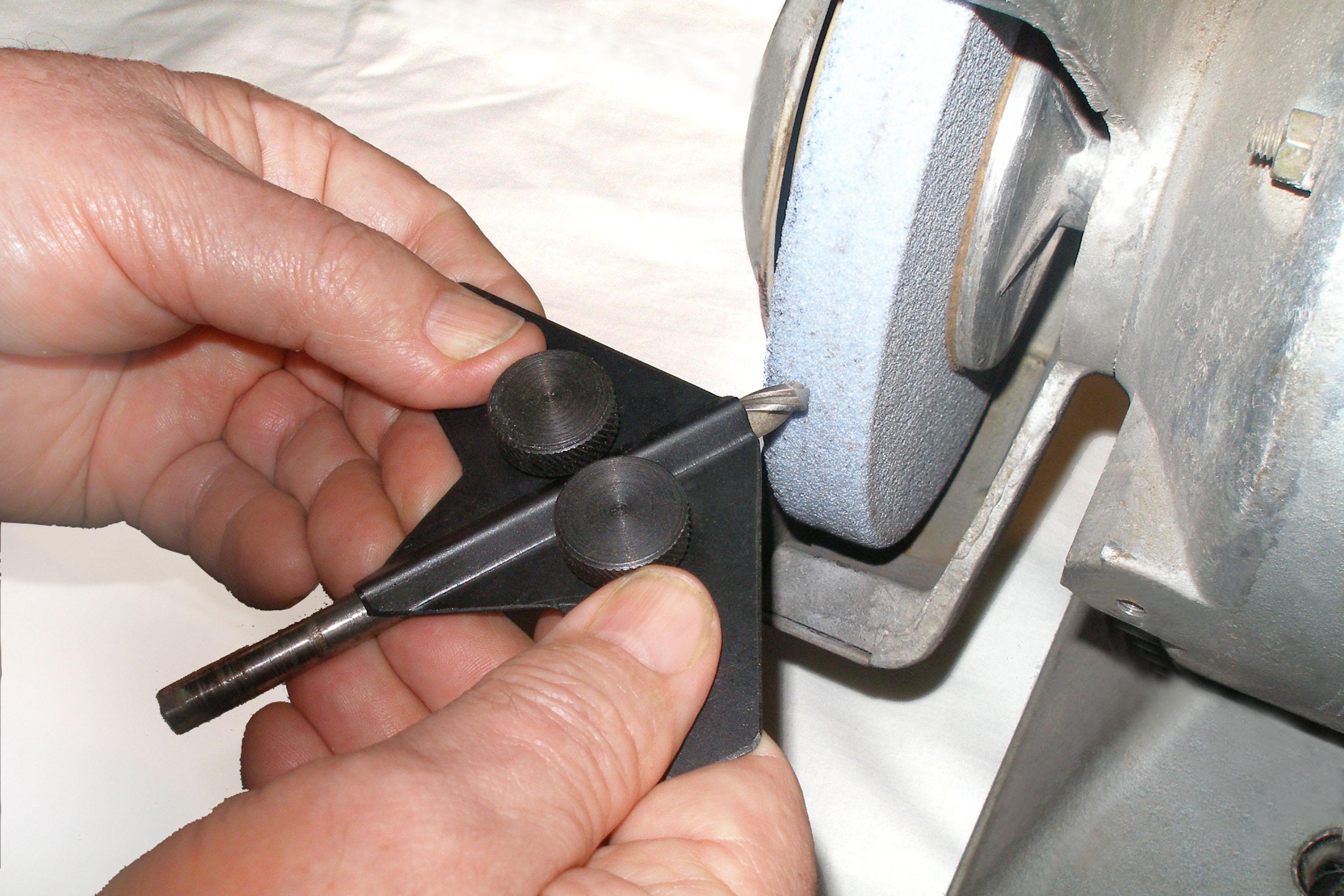 Станок для заточки сверл по металлу – бытовые устройства и приспособления + видео