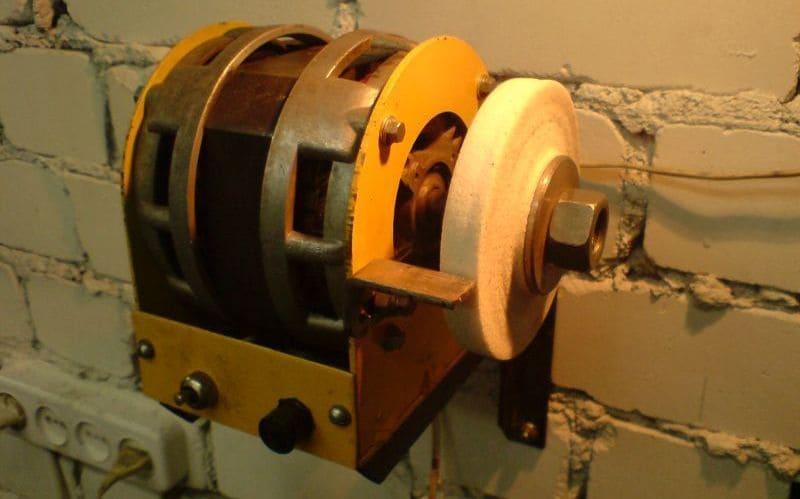 Точильный станок из двигателя советской стиральной машины