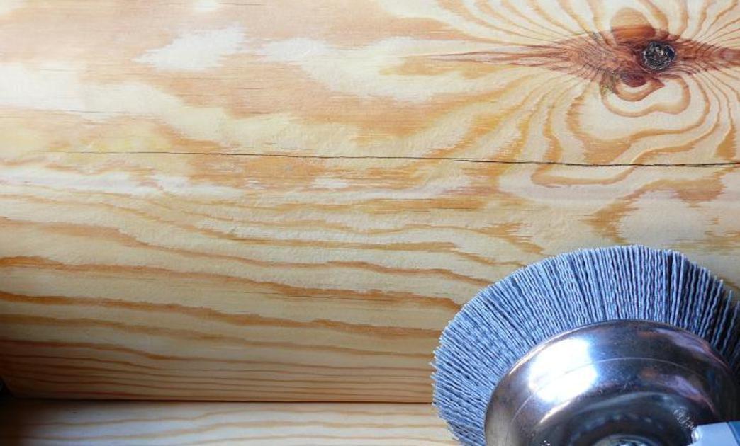 Полировка дерева в домашних условиях с помощью раствора шеллака и спирта, масла или восковых составов
