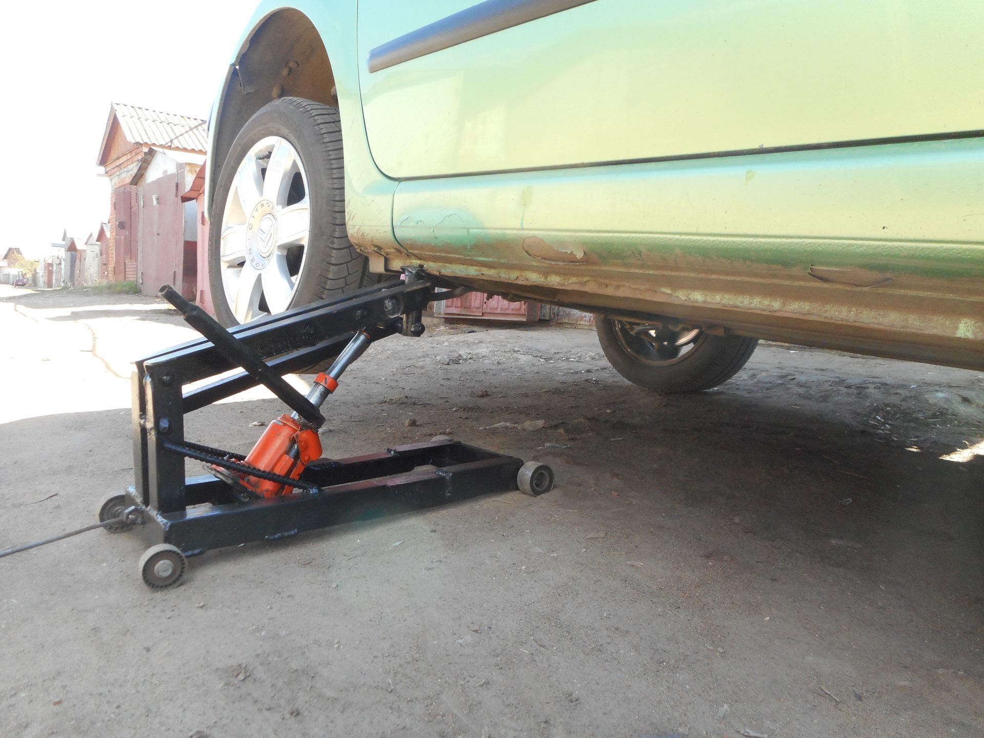 Подъёмник для легкового автомобиля своими руками: 2 простых варианта