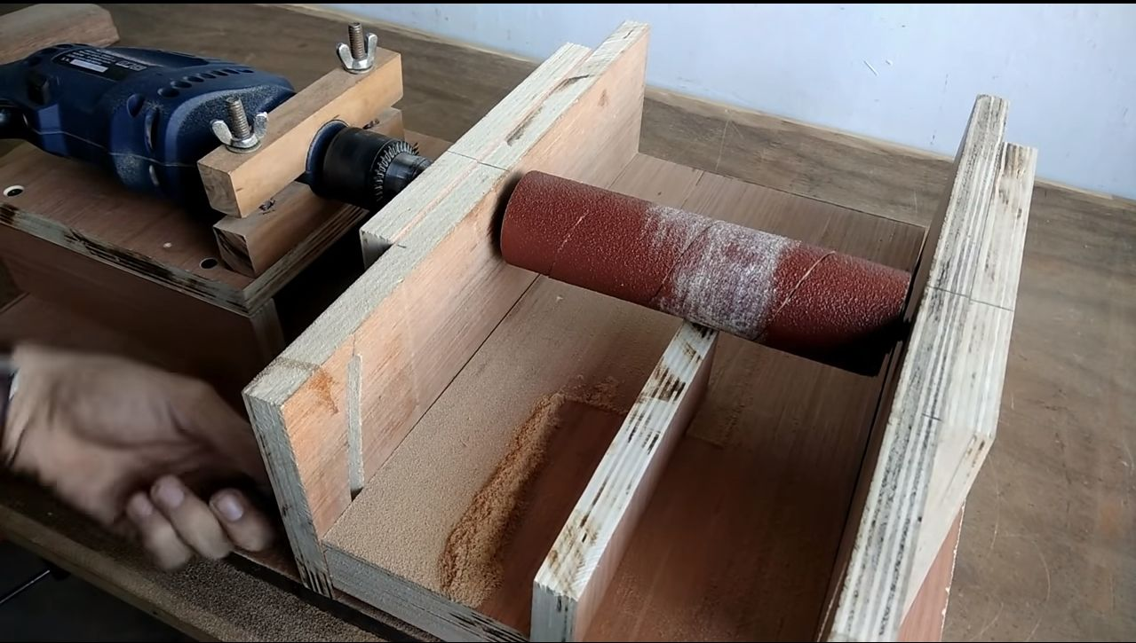 Как сделать ленточный шлифовальный станок своими руками?