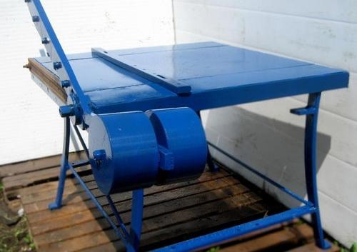 Механическая гильотина для резки металла: принцип работы, виды