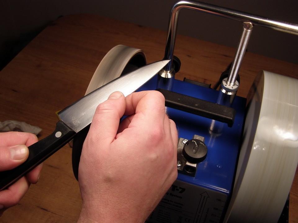 Инструменты и способы заточки ножей